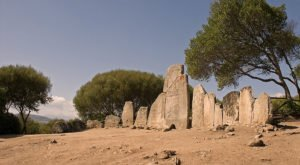 Li Lolghi, Tomba dei giganti