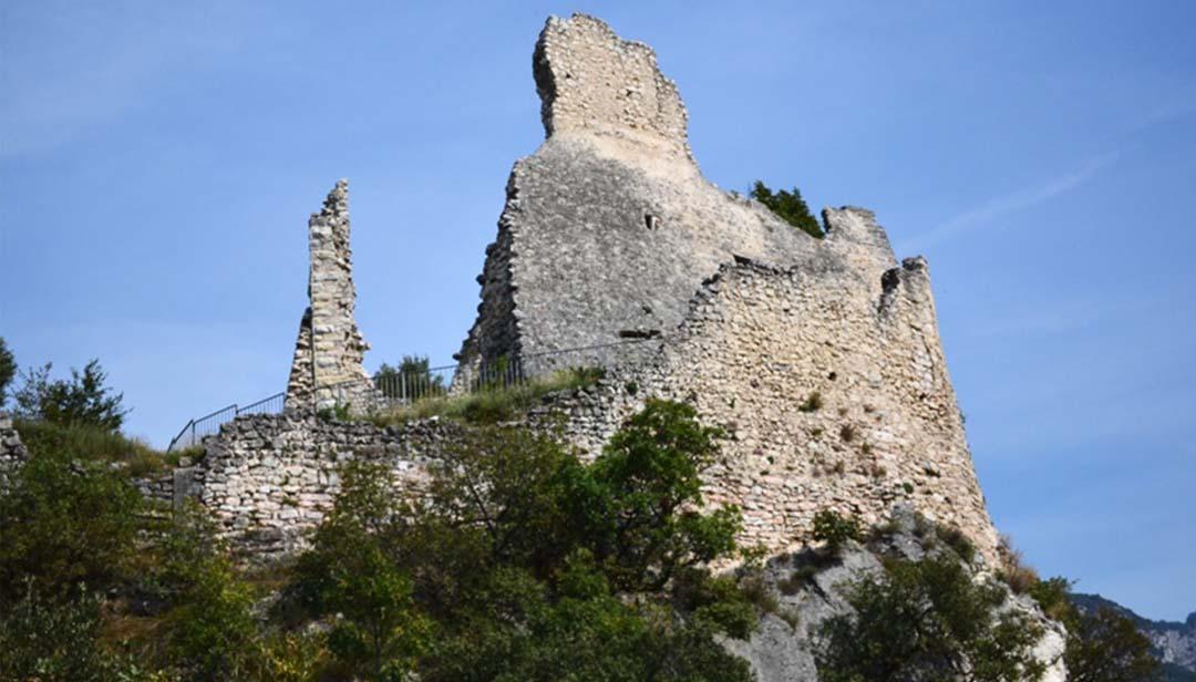 Castel penede dagli scavi emerge un villaggio romano for Case logic italia