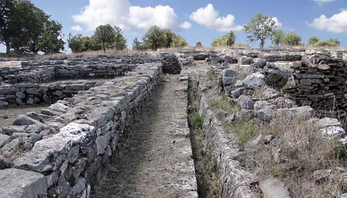 sito archeologico di serra di Vaglio