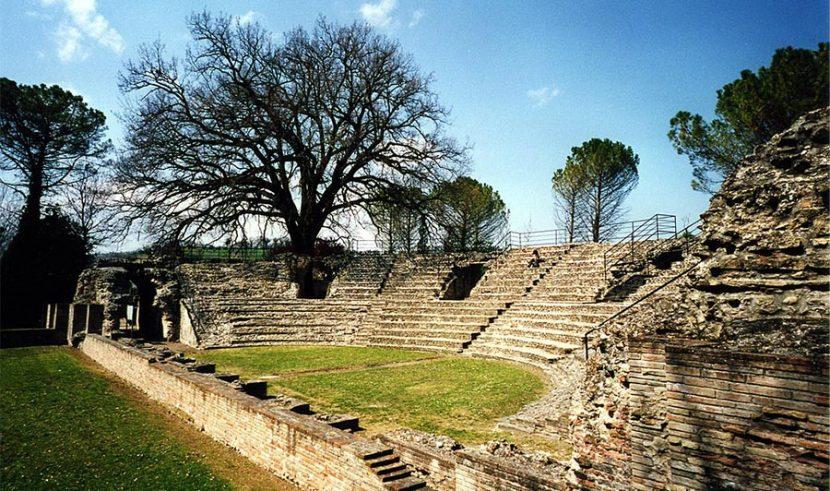 falerio picenus teatro
